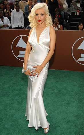 http://images.eonline.com/eol_images/Entire_Site/20061010/293.aguilera.christina.10106.jpg