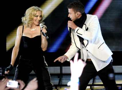 [Found] Madonna - Across The Sky Feat. Justin Timberlake 425.madonna.timberlake.050108