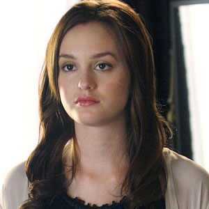 Carrie is here :P (hecha) 300.meester.leighton.052308