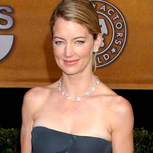 Cynthia Watros - Bio, Pics, and...