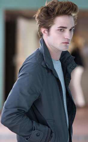 Eclipse Movie - WHAT DID YOU THINK? :) - Page 2 293.pattinson.rob.100908