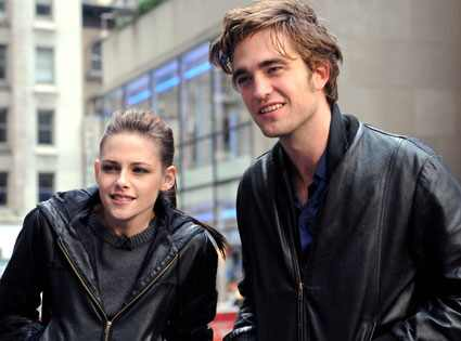 is robert pattinson and kristen stewart married in real life. batch of Robert Pattinson