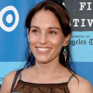 amy jo johnson age