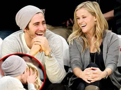 Jake Gyllenhaal, Reese Witherspoon Noel Vasquez/Getty Images