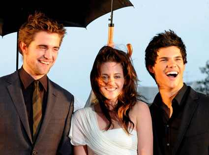 Good news, fanggirls: Kristen Stewart says there will be a fourth Twilight
