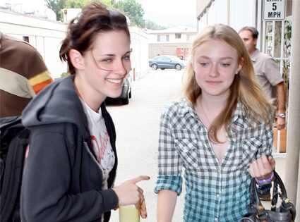 Kristen Stewart, Dakota Fanning