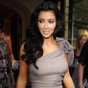 invisible hairstyle kim kardashian -8