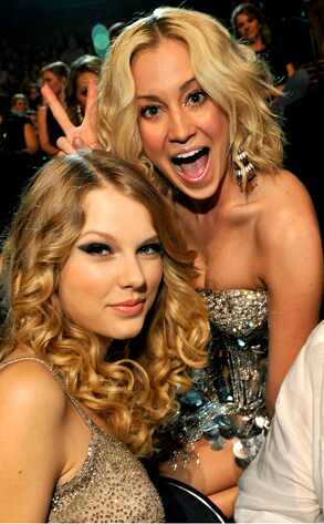 taylor swift kellie pickler