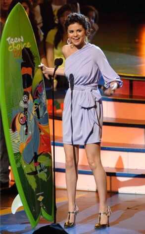 selena gomez top. Selena Gomez