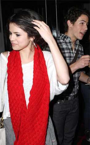 selena gomez and nick jonas 2010. Nick Jonas, Selena Gomez Ramey
