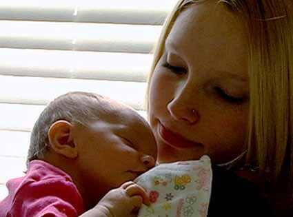 Lizzie Waller, 16 & Pregnant