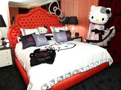 Hello Kitty Suite