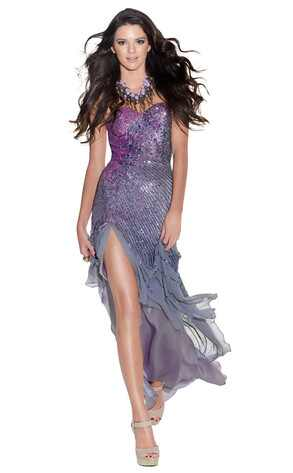 Kendall Jenner Website on Kendall Jenner   A Nova It Girl Hollywoodiana   E  Online Brasil