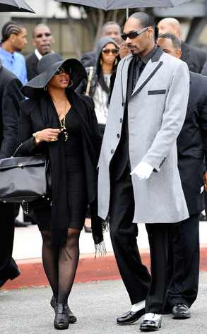 snoop dogg nate dogg funeral. Snoop Dogg, Shante Broadus