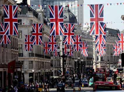 El ejército británico también ensaya para la Boda Real