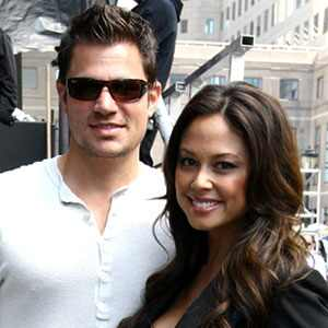 how long have nick lachey and vanessa been dating