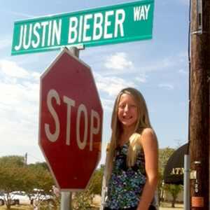 justin bieber street