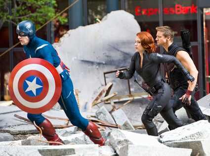 Chris Evans e Jeremy Renner, de Os Vingadores, chamam Viúva Negra de vadia
