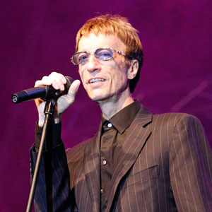 Bee Gees Crooner Robin Gibb Back in Hospital for More Surgery