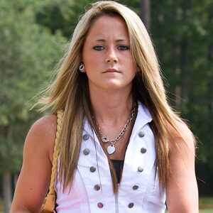 "Teen Mom 2 Star Jenelle Evans' CYBERSTALKING Charges ""Dismissed"""