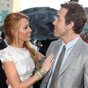 Blake Lively Apartment on Blake Lively   Ryan Reynolds Making Out At Train Station In Boston