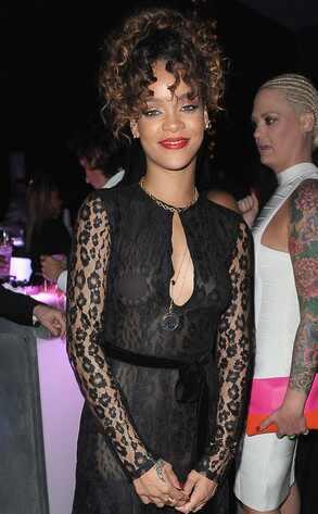 Rihanna mostró un pezón en la fiesta de Puff Daddy