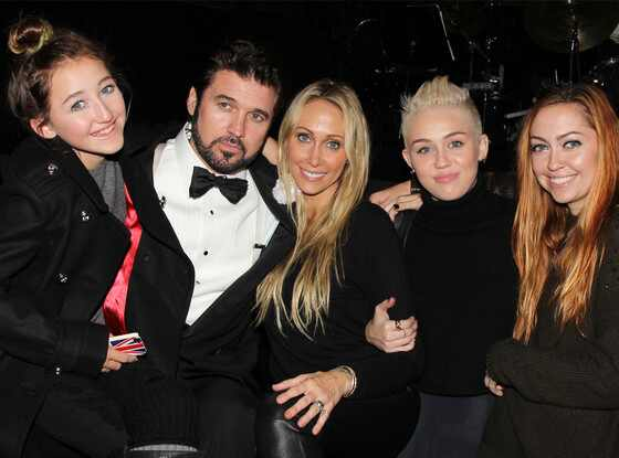 Noah Cyrus, Billy Ray Cyrus, Tish Cyrus, Miley Cyrus