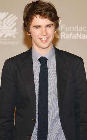 Bates Motel Casting: Freddie Highmore to Star as Norman ...