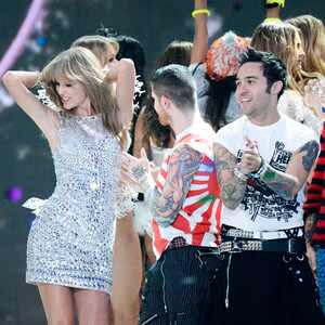 Taylor Swift, Pete Wentz, Victoria