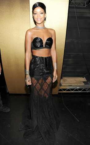 Rihanna, 2013 American Music Awards