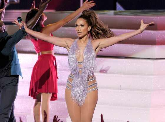 Jennifer Lopez, 2013 American Music Awards