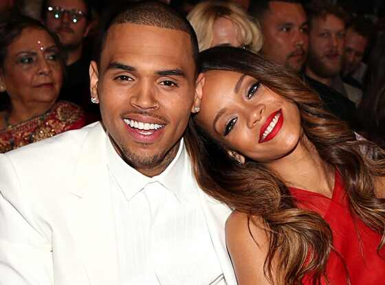 Chris Brown comenta foto de Rihanna no Instagram e leva internet à loucura