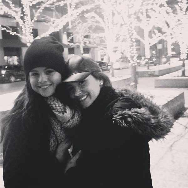 Selena Gomez, Demi Lovato, Instagram