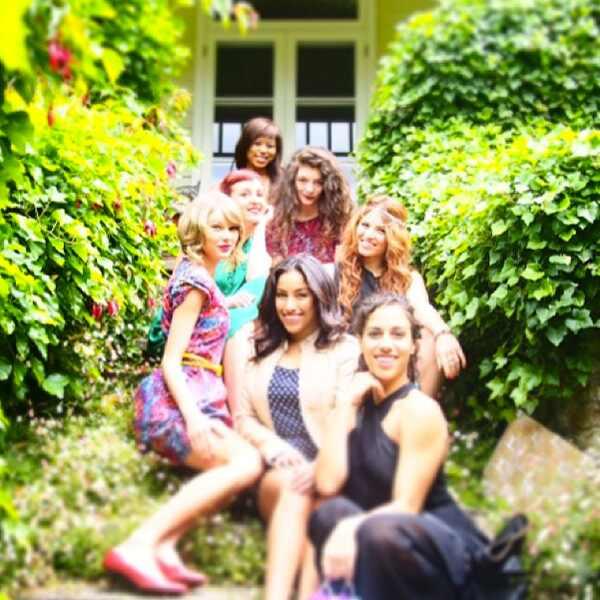 Taylor Swift, Lorde, Instagram