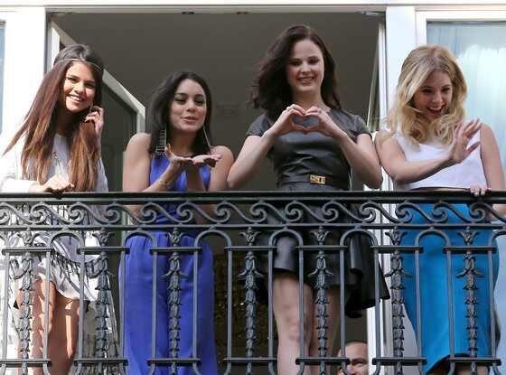 Selena Gomez, Vanessa Hudgens, Rachel Korine, Ashley Benson