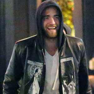 Robert Pattinson estaria interessado em amiga de longa data