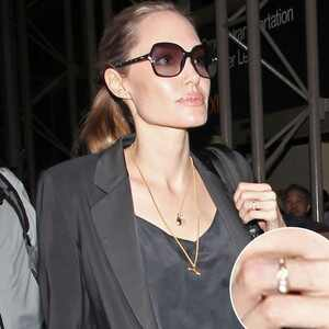 Angelina Jolie, Ring