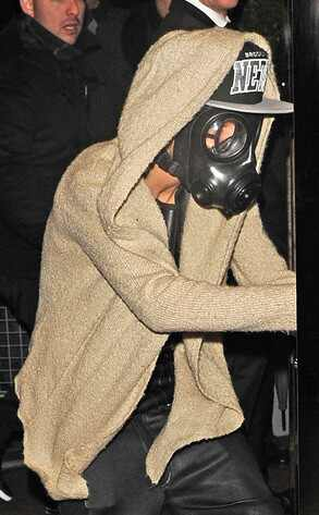 Justin Bieber, Gas Mask