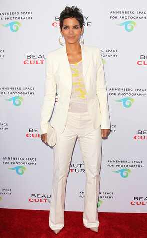 Halle Berry, Pantsuit