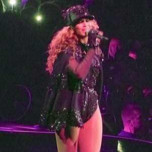 Beyonce, Cape, Amsterdam