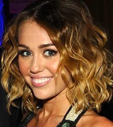 Miley Cyrus, long bob