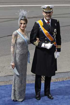 (+ Fotos) La alfombra violeta se desplegó para recibir todo el glamour de las monarquías europeas