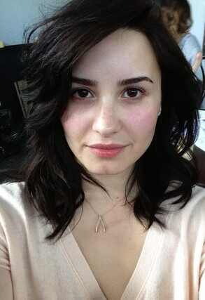 Demi Lovato sem maquiagem, Demi Lovato antes e depois