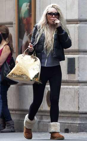 Amanda Bynes, Smoking