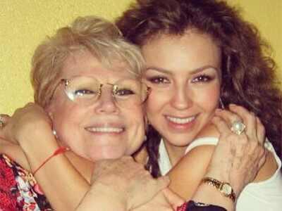 Thalia, Yolanda Miranda
