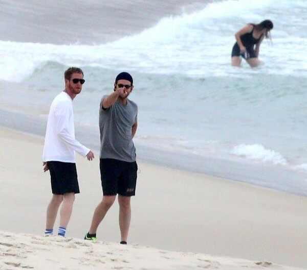 Bradley Cooper na praia, Se Beber Não Case 3