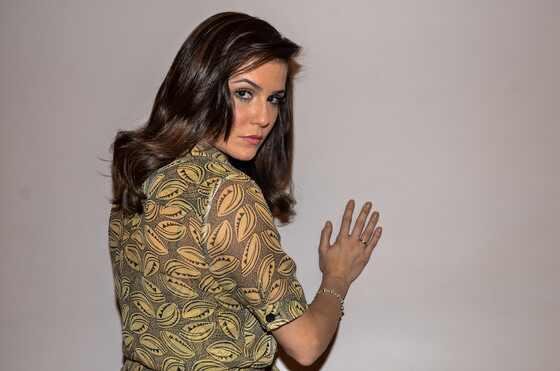 Deborah Secco, novo visual