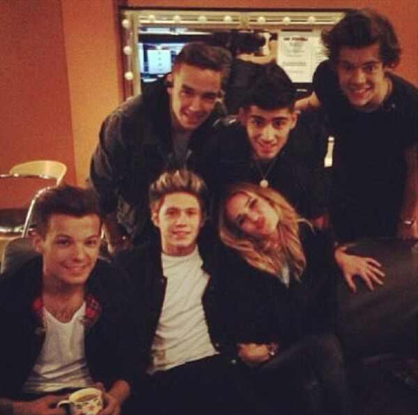 One Direction, Rosie Huntington-Whiteley