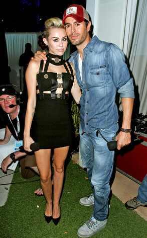 Miley Cyrus, Enrique Iglesias