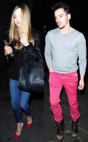 Amanda Seyfried, Johnathan Rhys Meyers